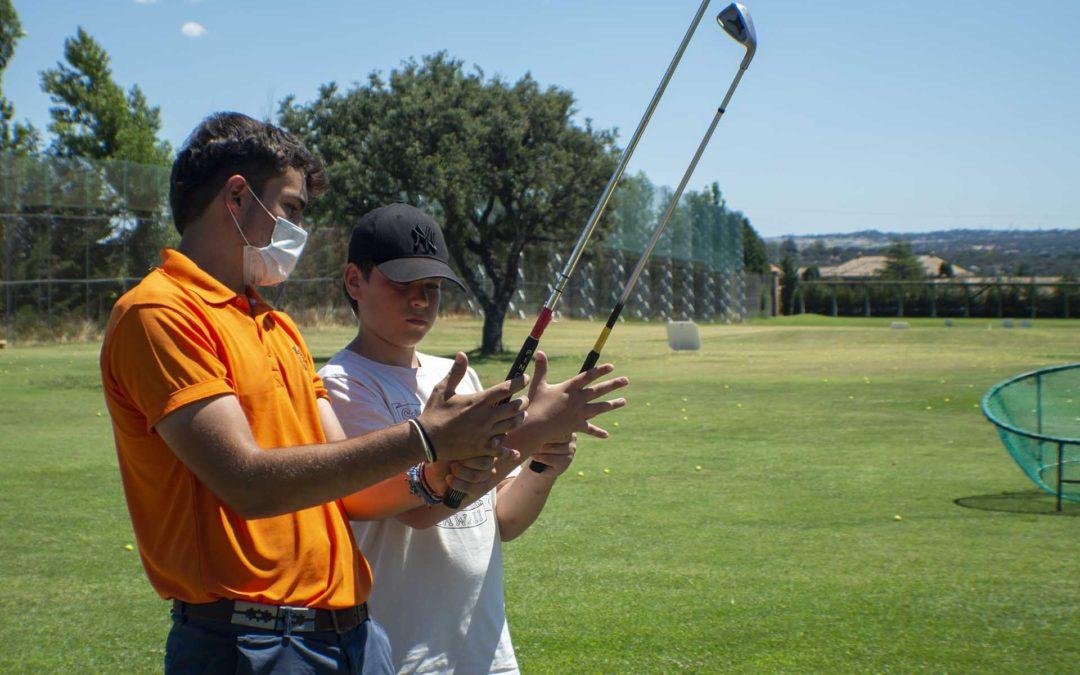 Oferta de empleo – Profesor de Golf para niños